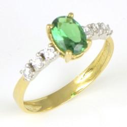 Sortija oro amarillo con piedra verde