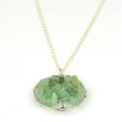 Colgante de plata rodiada con piedras verdes
