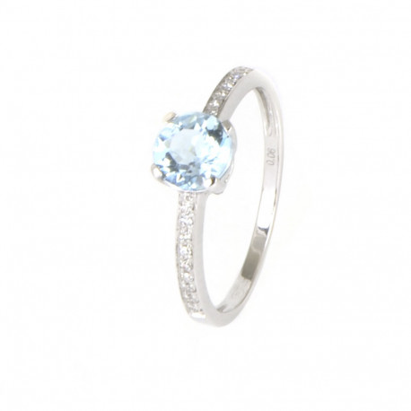 Anillo oro blanco 18 kilates topacio azul y diamantes.